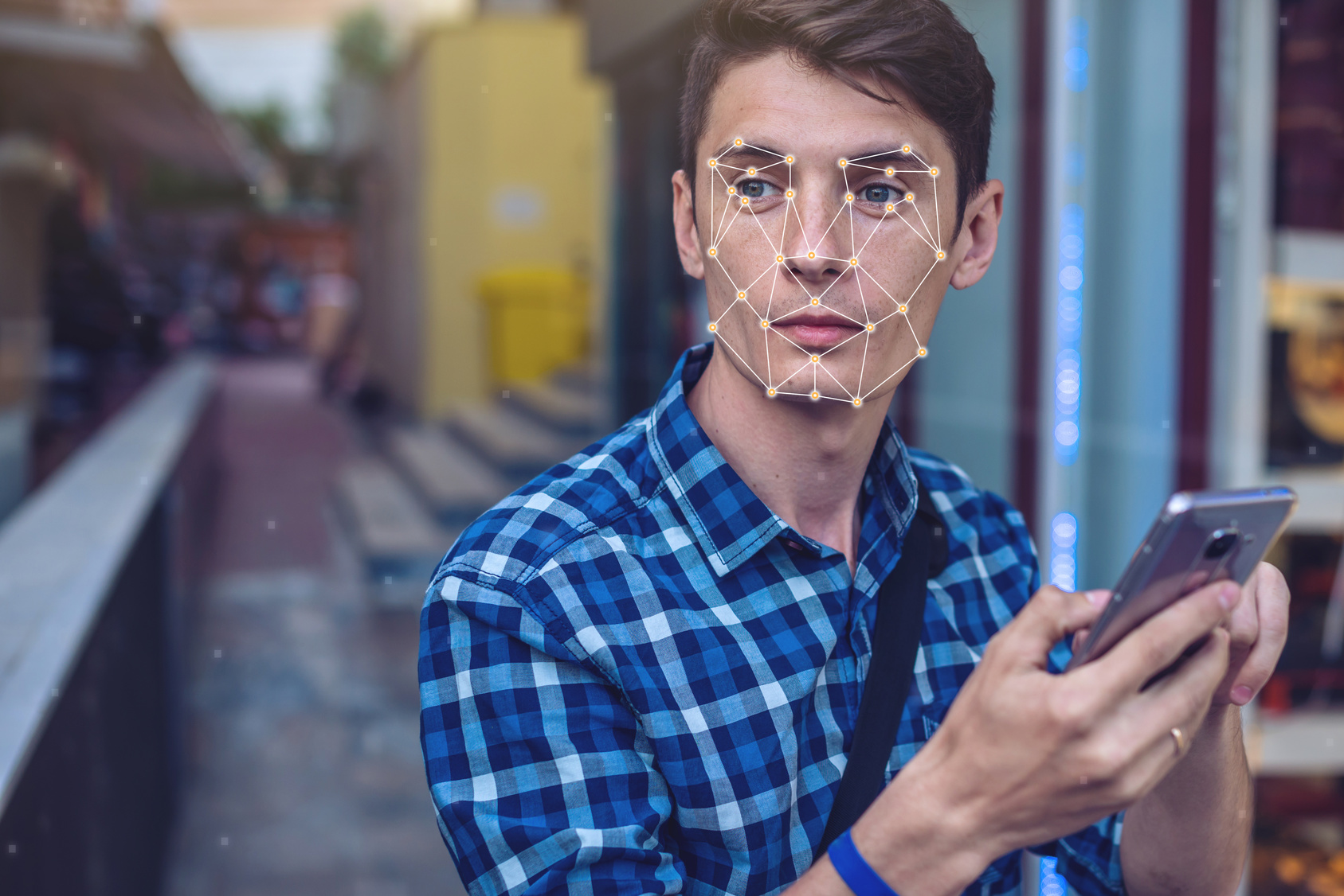 What Retailers Need to Know About Facial Recognition & Digital Signage